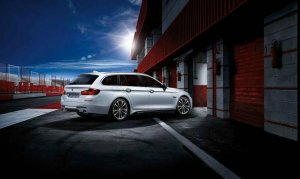 BMW-News-Blog: Mehr BMW M Performance f�r 5er Touring F11 und 3er - BMW-Syndikat