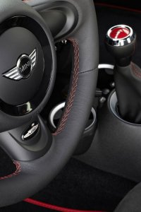BMW-News-Blog: Limitierter_Ueber-MINI__Mini_John_Cooper_Works_GP_mit_218_PS_und_1160_Kilogramm