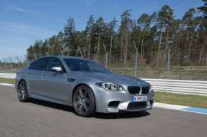 BMW-News-Blog: Der_neue_BMW_M5_F10_LCI__Facelift_fuer_den_Super-Fuenfer
