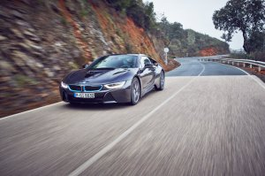 BMW-News-Blog: BMW i8S (M100): Neues i8-Modell zum 100-j�hrigen J - BMW-Syndikat