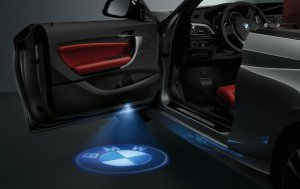 BMW-News-Blog: BMW Zubeh�r: Neue LED-Projektoren zum Flagge zeige - BMW-Syndikat
