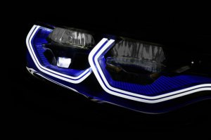 BMW-News-Blog: ​CES 2015: BMW M4 Concept Iconic Lights - BMW-Syndikat