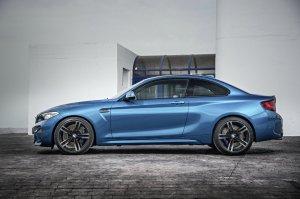 BMW-News-Blog: BMW M2 Coupé (F87): Königlicher Kraftprotz der Kom - BMW-Syndikat