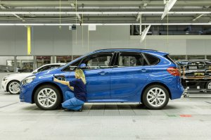 BMW-News-Blog: BMW 2er Active Tourer 225xe: BMW startet Serienpro - BMW-Syndikat