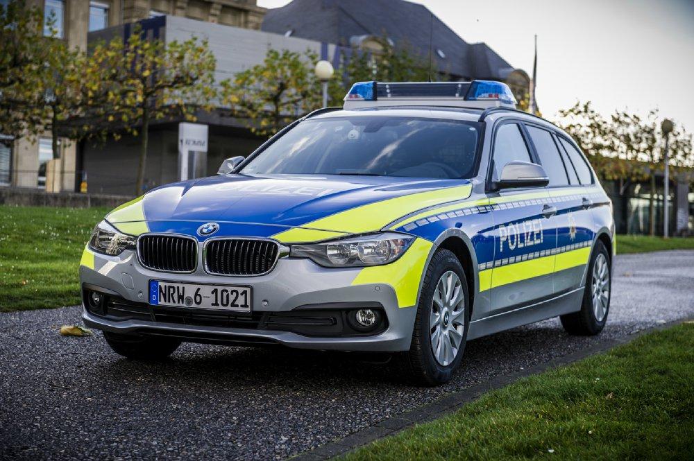 bmw einsatzfahrzeuge f r die polizei auch in nordrhein. Black Bedroom Furniture Sets. Home Design Ideas