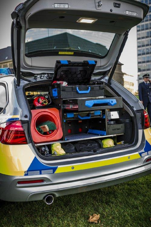 Bmw Einsatzfahrzeuge F 252 R Die Polizei Auch In Nordrhein