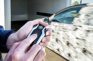 BMW-News-Blog: BMW Display Key: Ferngesteuertes Parken in neuer 7 - BMW-Syndikat