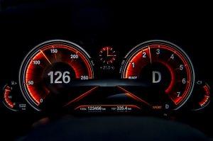 BMW-News-Blog: BMW_7er__G11_G12___iDrive_kommt_mit_Gestiksteuerung_und_Touchscreen-Display