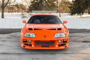 BMW-News-Blog: Orangefarbenes Erbe: Paul Walkers Toyota Supra ste - BMW-Syndikat