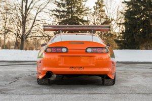 BMW-News-Blog: Orangefarbenes Erbe: Paul Walkers Toyota Supra ste - BMW-Syndikat