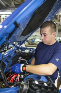 BMW-News-Blog: Smartwatches helfen bei Produktionsarbeit: - BMW-Syndikat