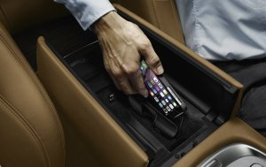 BMW-News-Blog: BMW Snap-In-Adapter mit Wireless Charging-Funktion - BMW-Syndikat