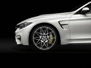 BMW-News-Blog: BMW_Competition_Paket_fuer_BMW_M3_und_BMW_M4__450_PS_und_mehr_Fahrdynamik