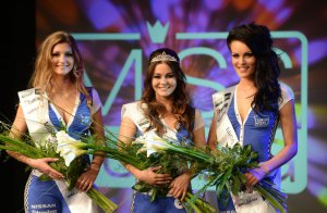 BMW-News-Blog: Tuning World Bodensee: Julia Oemler ist Miss Tunin - BMW-Syndikat