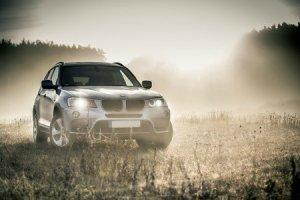 BMW-News-Blog: Autoscheinwerfer - Standard vs. neueste Entwicklun - BMW-Syndikat
