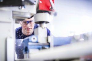 BMW-News-Blog: BMW Group stellt 1.600 neue Auszubildende ein - BMW-Syndikat