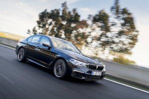 BMW-News-Blog: __8203_BMW_5er_M550i_xDrive__G30___V8-Power_mit_462_PS