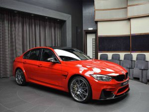 BMW-News-Blog: BMW_Abu_Dhabi_Motors__M3__F80__in_Ferrari-Rot