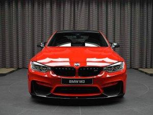 BMW-News-Blog: BMW_Abu_Dhabi_Motors__M3__F80__in_Ferrari-Rot