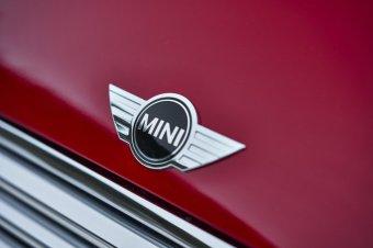 BMW-News-Blog: Doppelkupplungsgetriebe nun auch im MINI - BMW-Syndikat