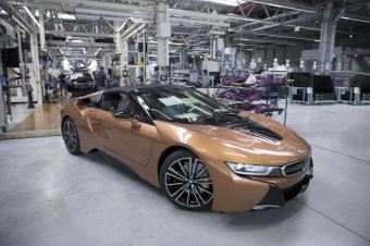 BMW-News-Blog: Serienproduktion des BMW i8 Roadster im BMW Werk L - BMW-Syndikat