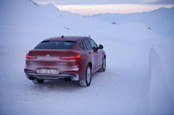 BMW-News-Blog: BMW X4 (G02): Weltpremiere in Genf 2018 - BMW-Syndikat