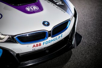 BMW-News-Blog: Formel E Safety Car 2019 mit neuem Design - BMW-Syndikat