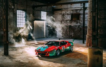 BMW-News-Blog: Fotoshooting mit dem BMW M1 Art Car von Andy Warho - BMW-Syndikat